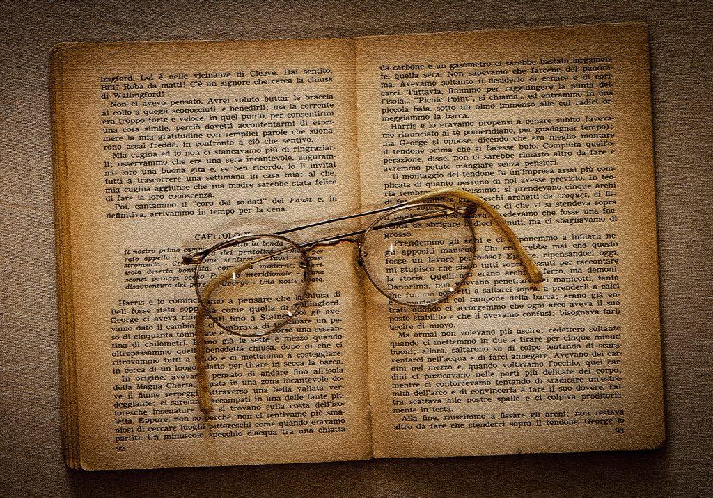 ¿Cuál es el origen de las gafas? - Quijada | Medicina Ocular